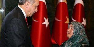 Cumhurbaşkanı'nın misafirleri arasında Kezban Karaman da yer aldı
